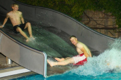 2231287_1_130803_poolsplash_tm038